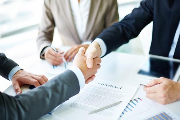 advokát - obchodní právo